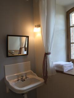 Ground floor bathroom/wet room, (with disabled access)