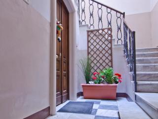 porta di ingresso:  La casa di Ambra