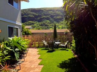 2/1 Hawaiian home away from home, Waianae