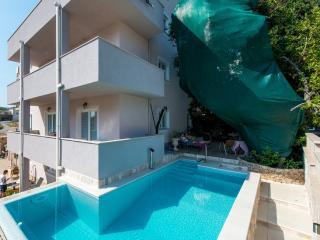 Villa Aura - Studio with Patio