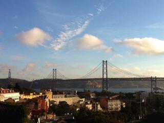 Lisbon RiversideView - Alcantara, Lisboa