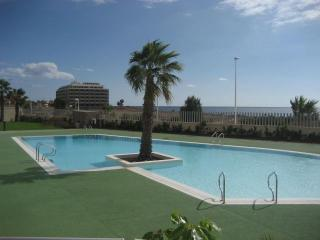 El Medano, frente playa La Jaquita 1 h