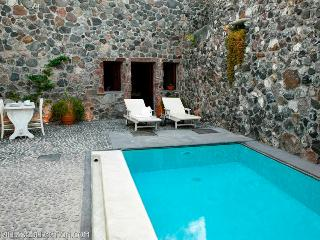 Blue Villas | Stone House | Tiny treasure, Megalochori