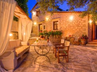 Welcome to Villa Anastasia