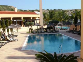NEW! Baia da Luz, 2+1 luxury penthouse with great sea views