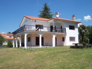 """Villa """"Los Arcos"""", Cerdedo"""