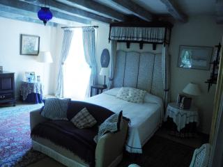 The 'Blue Room'; main double.
