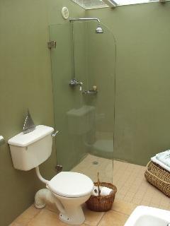 Stone cottage - Shower & bathroom