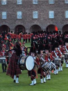 Pipers at Fort George