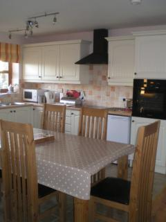 Well appointed kitchen and dining area