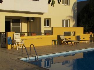 2 bedroom groundfloor flat, Oroklini