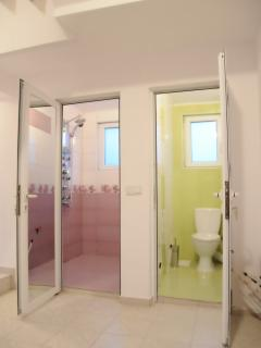 separate WC and bath whit  relax shower for  room whit 2 separate bads