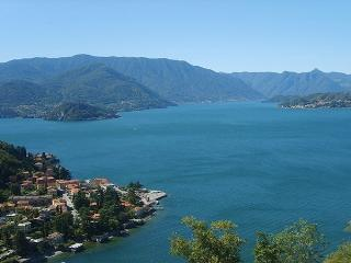 Panoramic lake views from the Vista d'Oro Residence