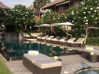 Villa Ambra, Luxury 5BR, Pererenan