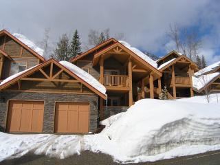 Alpine Trails Ski Lodge, Fernie