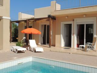 Azure Beach Villa, Nopigia