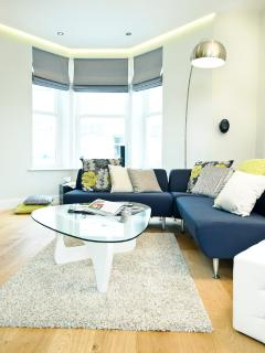 Lounge area with 3D TV