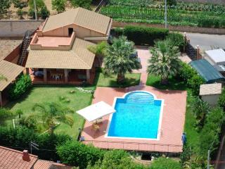 Beautiful villa with pool 05, Trabia