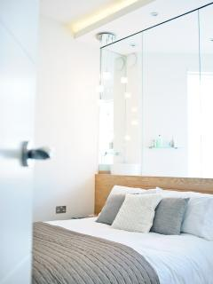 Double Bedroom with a designer bath tub en suite
