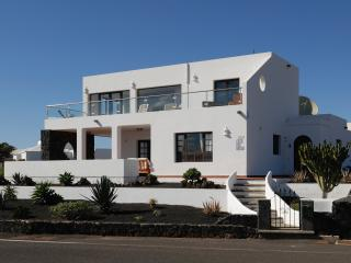 Casa Roble, Yaiza
