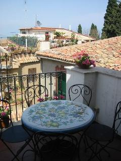 The terrace near te second bedroom