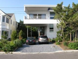 213 Harvard Ave 92681, Cape May Point