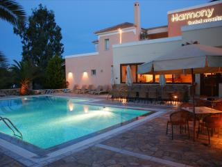 Harmony Hotel Apartments Suite NAFSIKA 2-4 Persons
