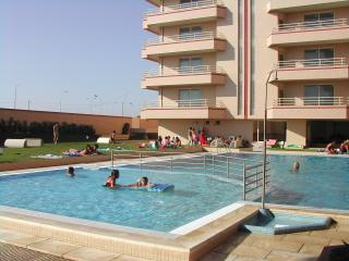 Luxury apartment 50m frm beach