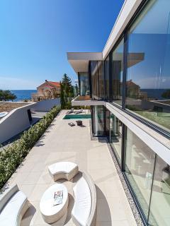 Villa No 5.