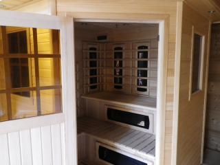 Exterior infrared sauna