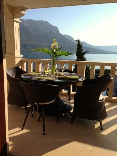 Villa Jade Main Floor Apartment, amazing terrace views to the Sea  Mountains (2 bed)