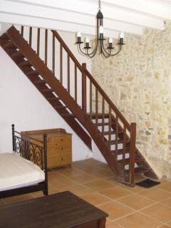 Treppenaufgang zu den 2 Schlafzimmern im 1.Stock