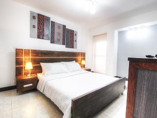Comfort & Style Close to Nightlife, Medellin