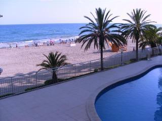 Beach-front, near Barcelona, excellent views