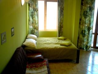 Asparuhov Guest Rooms, Varna