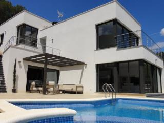 Villa Chanel with private pool, Sant Pere de Ribes