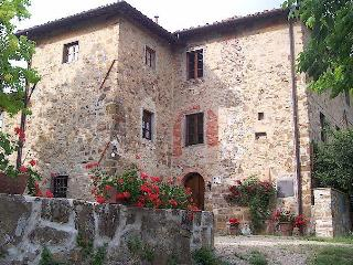 FARMHOUSE AGRITURISMO SOMMASSA WITH PRIVATE POOL GREVE IN CHIANTI