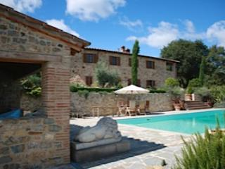 5 BEDROOM VILLA IN UMBRIA