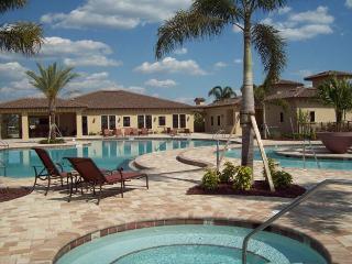 Lakeside & Golf Villa