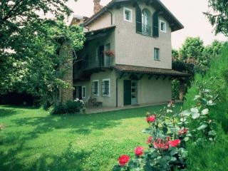 la casa in collina, Carru