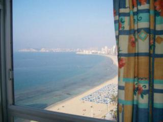 50m - Levante Beach -2 bed apt, Benidorm
