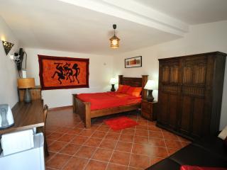 Casa Roja inside