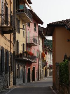 Antico Oleificio - 2 bedrooms 4/6 sleeps lakefront