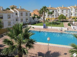 Las Carolinas Ground Floor Apt Near Villamartin