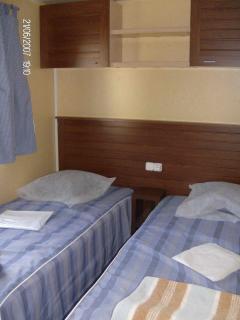 Twin bedroom Twin bedroom Double room