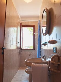 2° bathroom