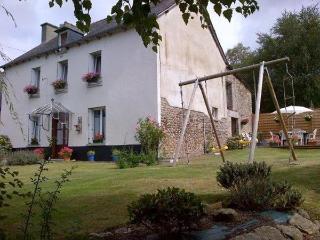 Les Piafs, Yvignac-la-Tour
