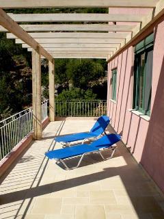 West veranda - deckchairs