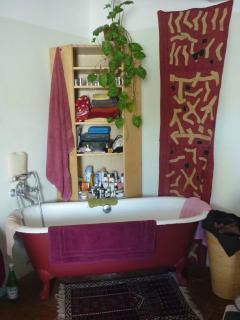 Quelle luxe de prend un bain en sortant du lit!