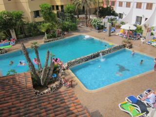 Atico 'chill out' 2 habitaciones centro playa las Americas.